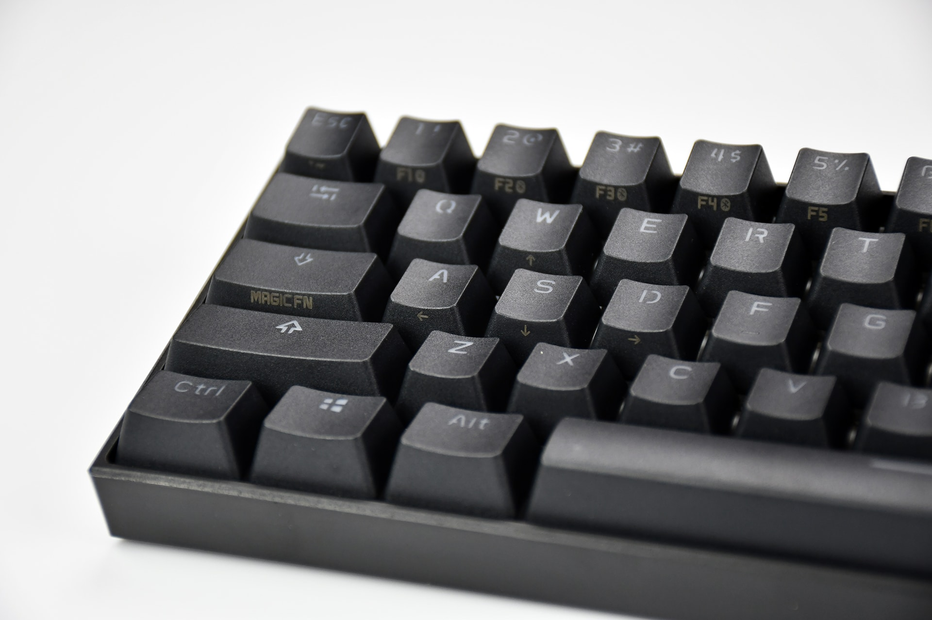 Anne Pro 2 RGB Bluetooth Keyboard with New Retooled Kailh Box switches