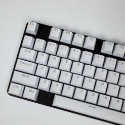 OEM White Mixable Keycaps 104 Keycap Set Main